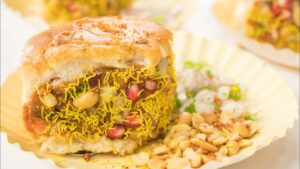 Food Items From Different Parts Of Gujarat| Dabeli| Bhuj (Kutch)