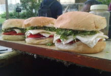 Top Favorite Dishes Of Ahmedabad Over The Years| Salim Burger| Feature Image