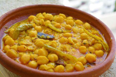 Popular foods of Manali| Chana madra